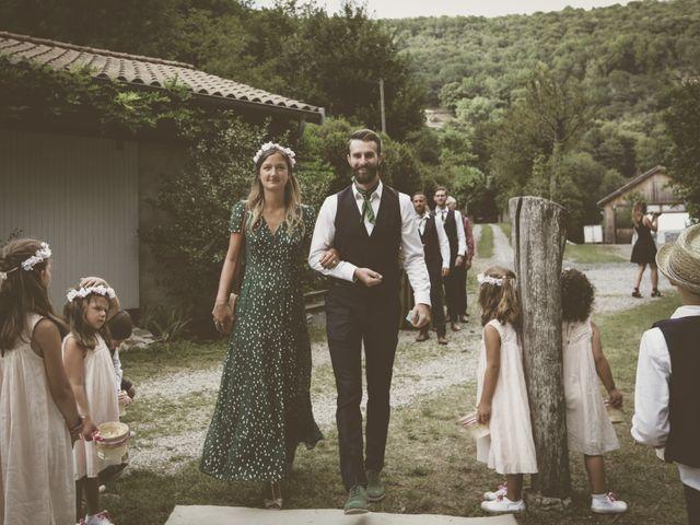 Le mariage de Hugo et Flore à Marcols-les-Eaux, Ardèche 63