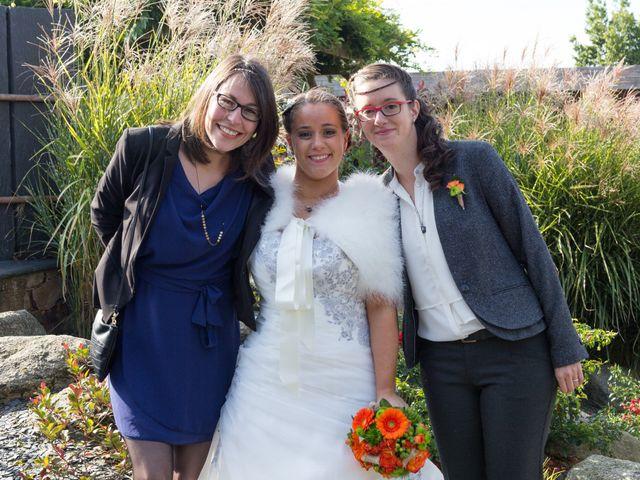 Le mariage de Cécile et Élodie à La Séguinière, Maine et Loire 22