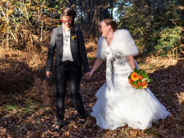 Le mariage de Cécile et Élodie à La Séguinière, Maine et Loire 44