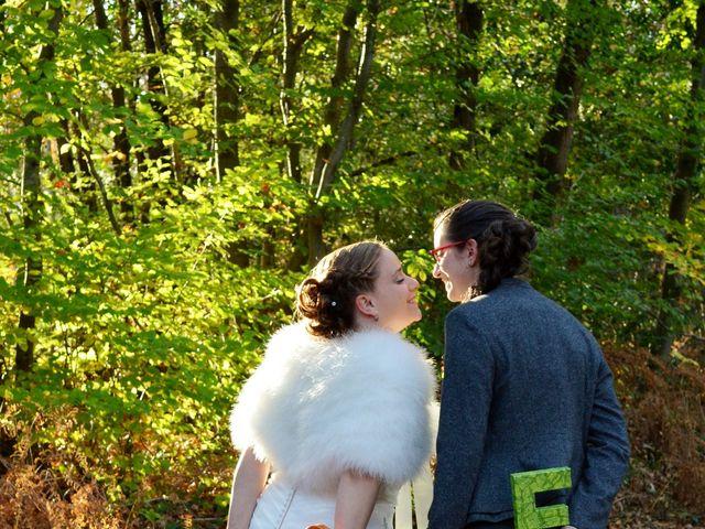 Le mariage de Cécile et Élodie à La Séguinière, Maine et Loire 48