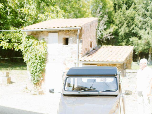 Le mariage de Luc et Sophie à Montaigut-le-Blanc, Puy-de-Dôme 15