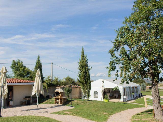 Le mariage de Luc et Sophie à Montaigut-le-Blanc, Puy-de-Dôme 29