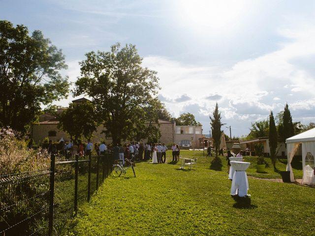 Le mariage de Luc et Sophie à Montaigut-le-Blanc, Puy-de-Dôme 33