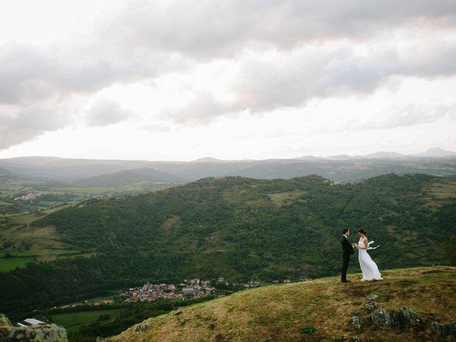 Le mariage de Luc et Sophie à Montaigut-le-Blanc, Puy-de-Dôme 38