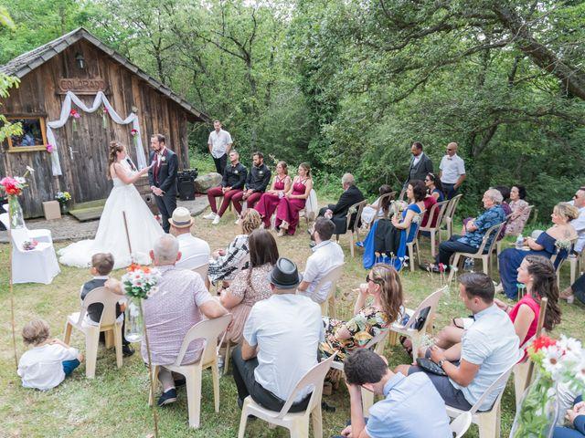 Le mariage de Eric et Rhéa à Saint-Maurice-sur-Dargoire, Rhône 11