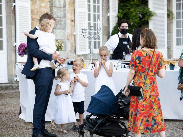 Le mariage de Brieuc et Isis à Saint-Brieuc-des-Iffs, Ille et Vilaine 36