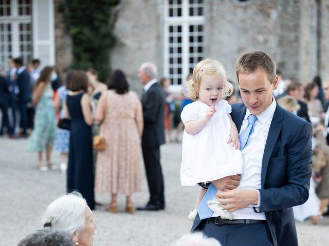 Le mariage de Brieuc et Isis à Saint-Brieuc-des-Iffs, Ille et Vilaine 56
