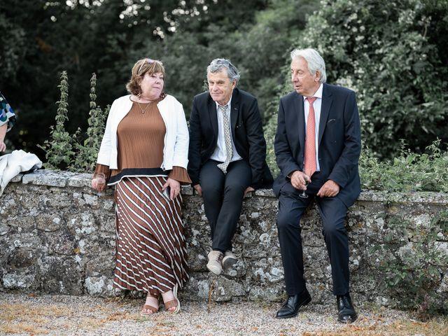 Le mariage de Brieuc et Isis à Saint-Brieuc-des-Iffs, Ille et Vilaine 86