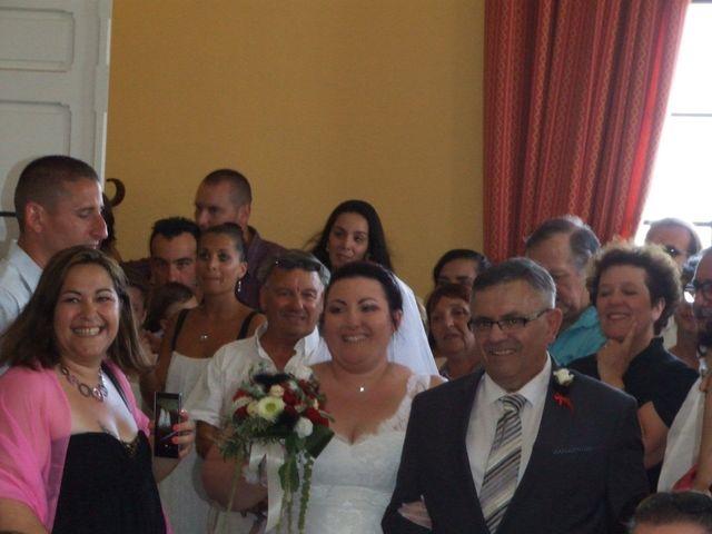 Le mariage de Christophe et Delphine à Saint-Gilles, Gard 3