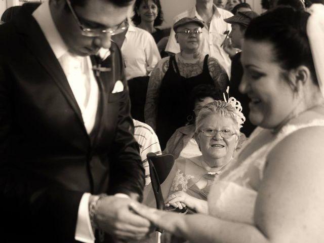 Le mariage de Christophe et Delphine à Saint-Gilles, Gard 7