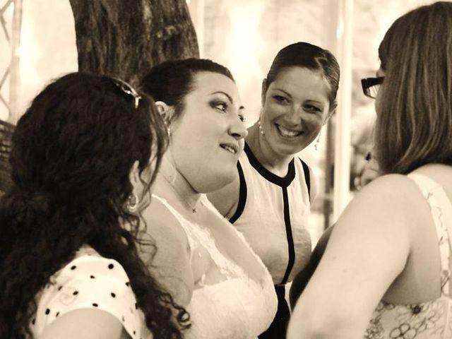 Le mariage de Christophe et Delphine à Saint-Gilles, Gard 12