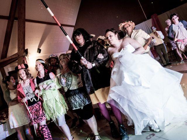 Le mariage de Eric et Aurélie à Wormhout, Nord 25