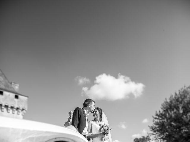 Le mariage de Joffrey et Amal à Saint-Porchaire, Charente Maritime 1
