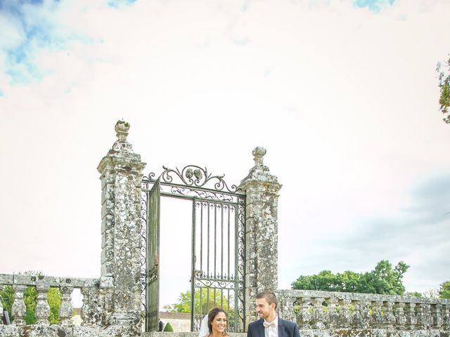 Le mariage de Joffrey et Amal à Saint-Porchaire, Charente Maritime 23