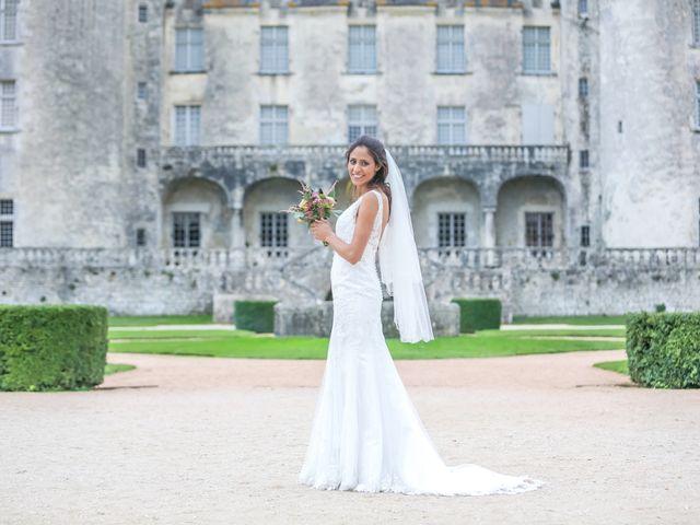 Le mariage de Joffrey et Amal à Saint-Porchaire, Charente Maritime 46