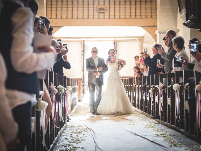 Le mariage de Jordane et Morganne à Fouchères, Aube 14