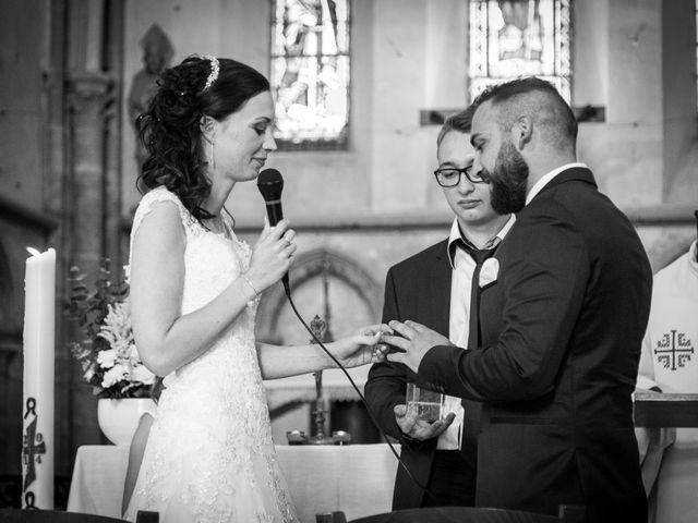 Le mariage de Jordane et Morganne à Fouchères, Aube 16