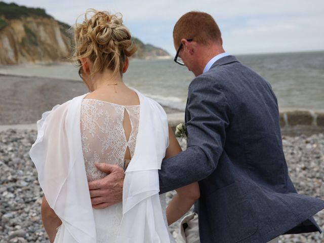 Le mariage de Cédric et Elodie à Manéhouville, Seine-Maritime 6