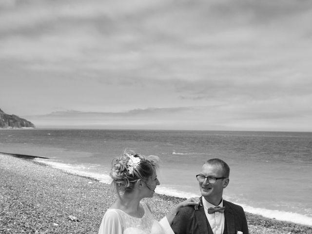 Le mariage de Cédric et Elodie à Manéhouville, Seine-Maritime 7