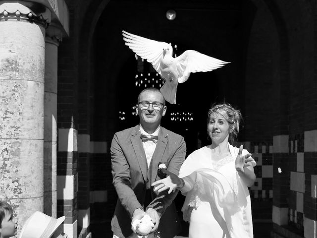 Le mariage de Cédric et Elodie à Manéhouville, Seine-Maritime 16