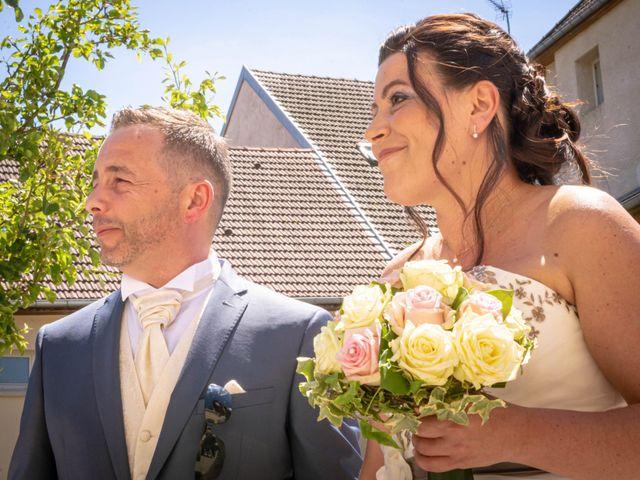 Le mariage de Franck et Laura à Pugey, Doubs 5