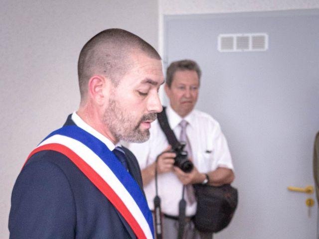 Le mariage de Franck et Laura à Pugey, Doubs 6