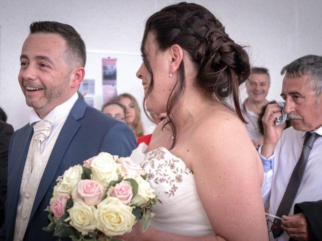 Le mariage de Franck et Laura à Pugey, Doubs 7