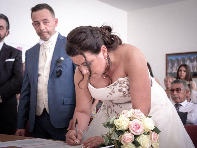 Le mariage de Franck et Laura à Pugey, Doubs 10