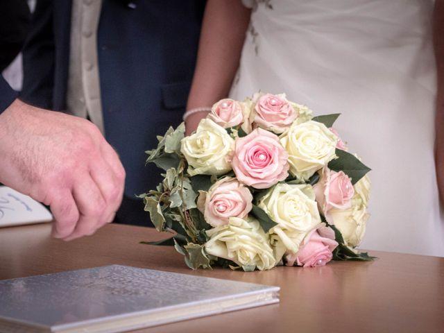 Le mariage de Franck et Laura à Pugey, Doubs 13