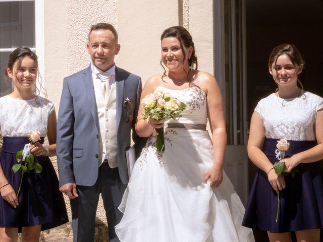Le mariage de Franck et Laura à Pugey, Doubs 14