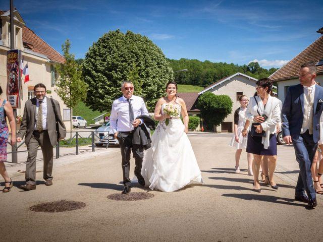 Le mariage de Franck et Laura à Pugey, Doubs 16