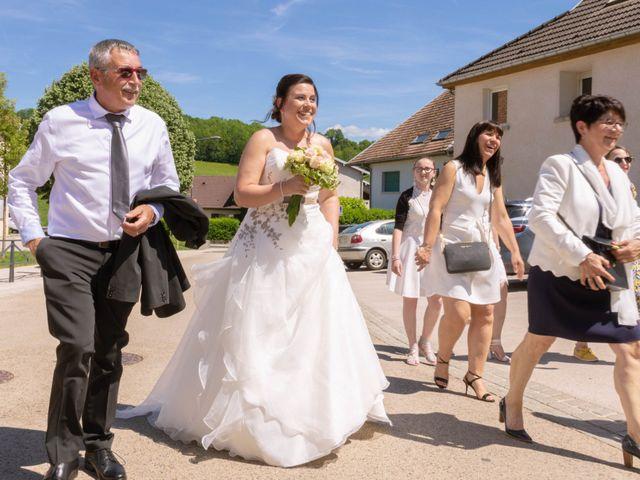 Le mariage de Franck et Laura à Pugey, Doubs 17