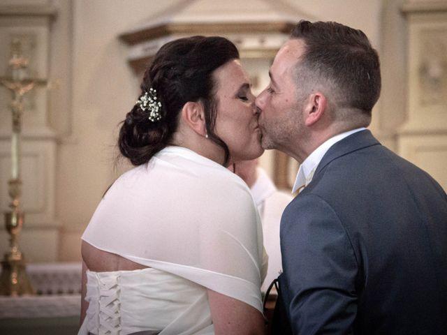 Le mariage de Franck et Laura à Pugey, Doubs 39