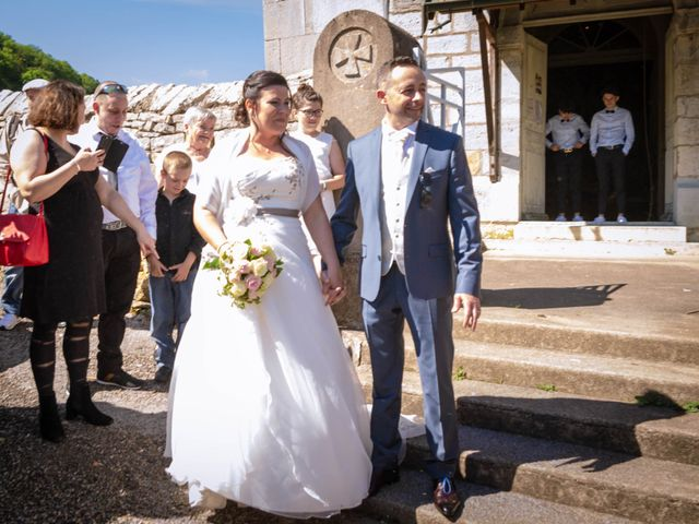 Le mariage de Franck et Laura à Pugey, Doubs 45
