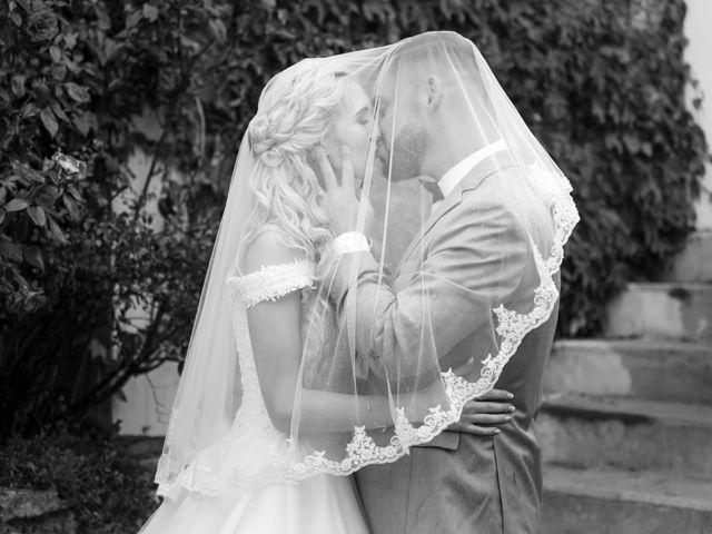 Le mariage de Sébastien et Magalie à Juziers, Yvelines 174