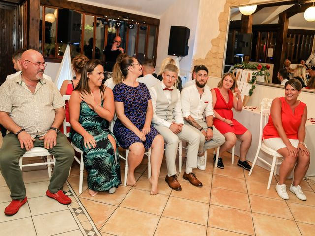 Le mariage de Sébastien et Magalie à Juziers, Yvelines 203