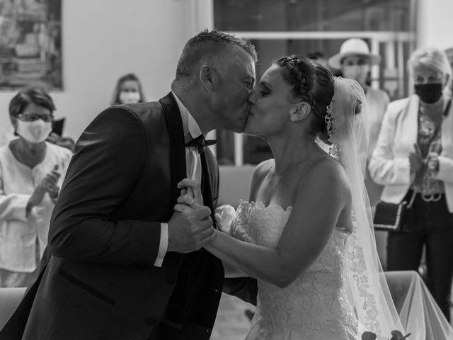 Le mariage de Xavier et Daphné à Carbon-Blanc, Gironde 15