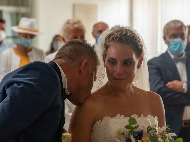 Le mariage de Xavier et Daphné à Carbon-Blanc, Gironde 16