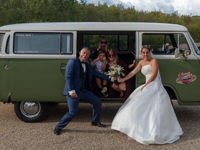 Le mariage de Xavier et Daphné à Carbon-Blanc, Gironde 23