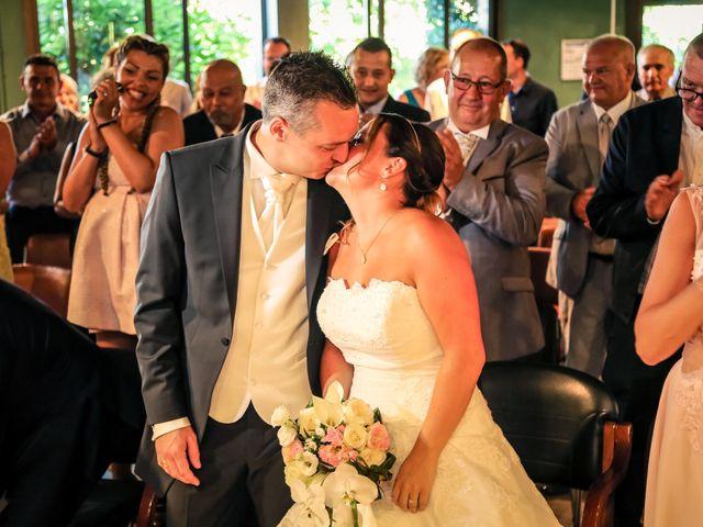 Le mariage de Christophe et Élodie à Villemomble, Seine-Saint-Denis 28