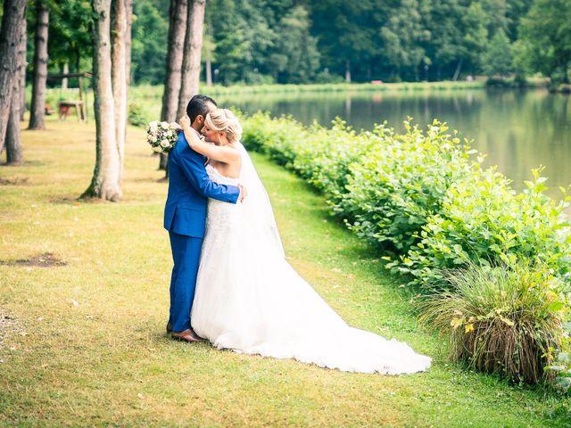 Le mariage de Samir et Aurélie à Forges-les-Eaux, Seine-Maritime 7