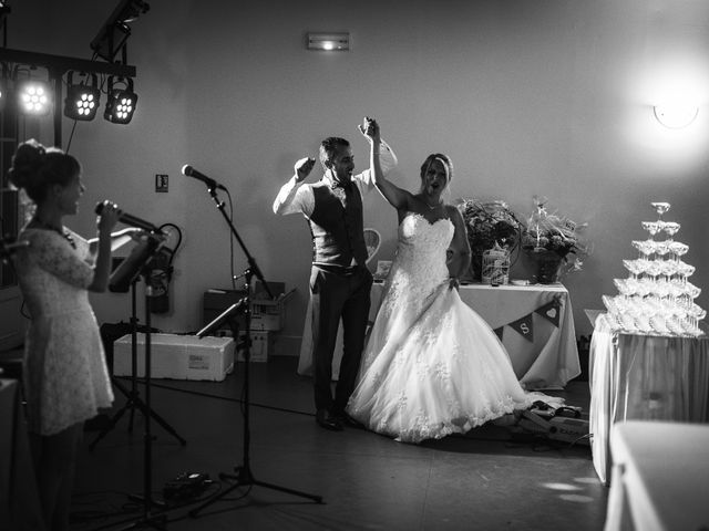 Le mariage de Samir et Aurélie à Forges-les-Eaux, Seine-Maritime 28