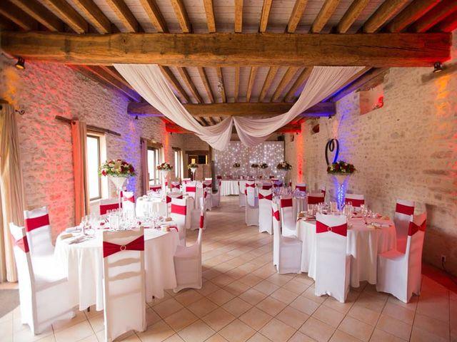 Le mariage de Johann et Rebecca à Sainte-Geneviève-des-Bois, Essonne 33