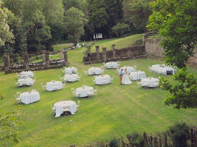 Le mariage de Romain et Audrey à Les Plans, Hérault 38