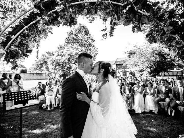 Le mariage de Adrien et Vanessa à Yerres, Essonne 4