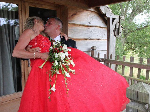 Le mariage de David et Claudine à Saint-Côme, Gironde 16
