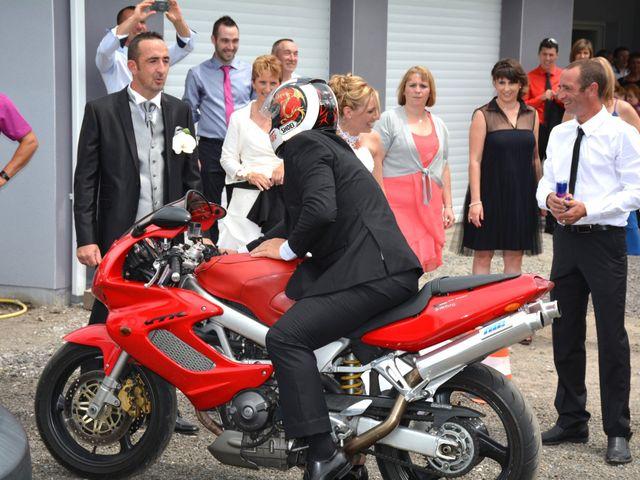 Le mariage de Xavier et Nathalie à Saint-Vincent-de-Paul, Landes 6