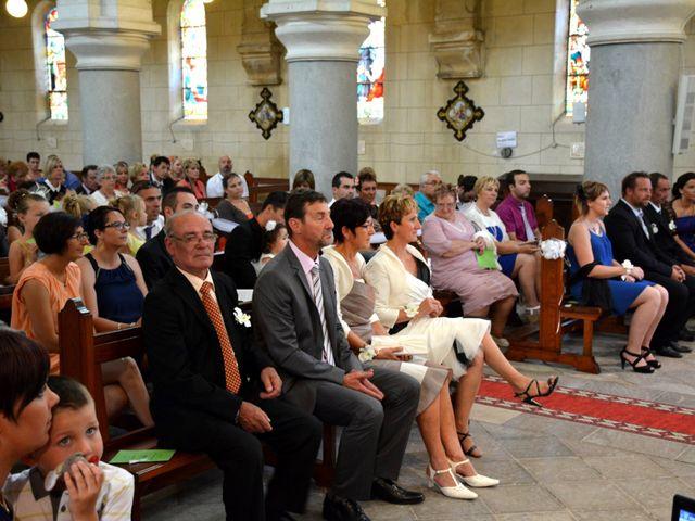 Le mariage de Xavier et Nathalie à Saint-Vincent-de-Paul, Landes 16