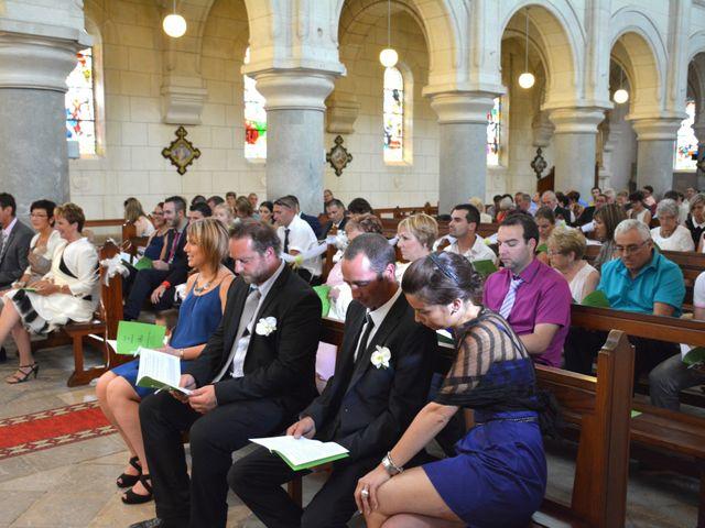 Le mariage de Xavier et Nathalie à Saint-Vincent-de-Paul, Landes 17