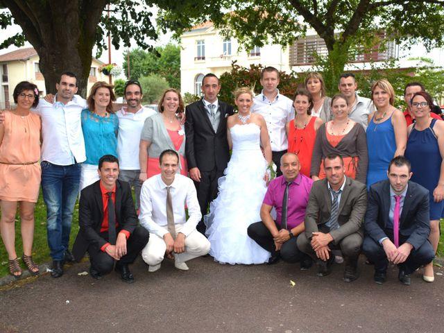Le mariage de Xavier et Nathalie à Saint-Vincent-de-Paul, Landes 22